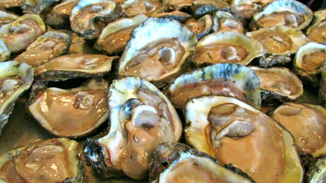 Felix's Oysters, a French Quarter Institution