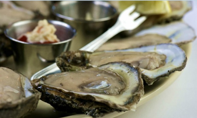 Pascal's Manale oysters New Orleans